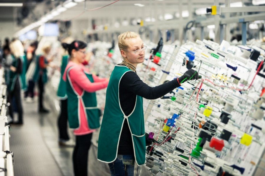 darbas klaipeda prekybos opcionais pagrindai 3 kursų paketas nemokamai atsisiųsti