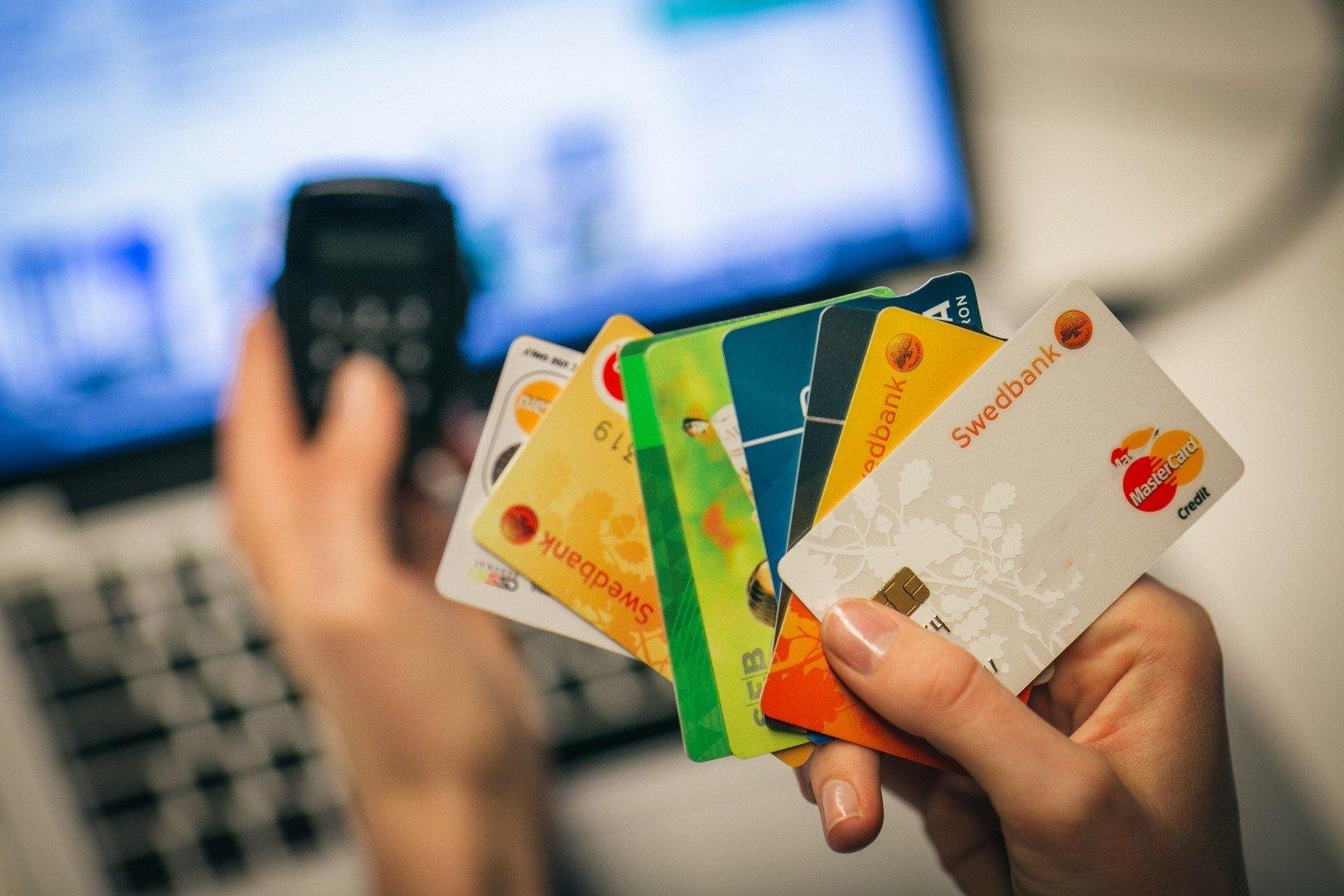 prekybos galimybės grynųjų pinigų sąskaitoje prekybos viltimis akučių sistemos elementai