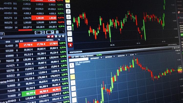 kvalifikuotų akcijų pasirinkimo sandorio kaina